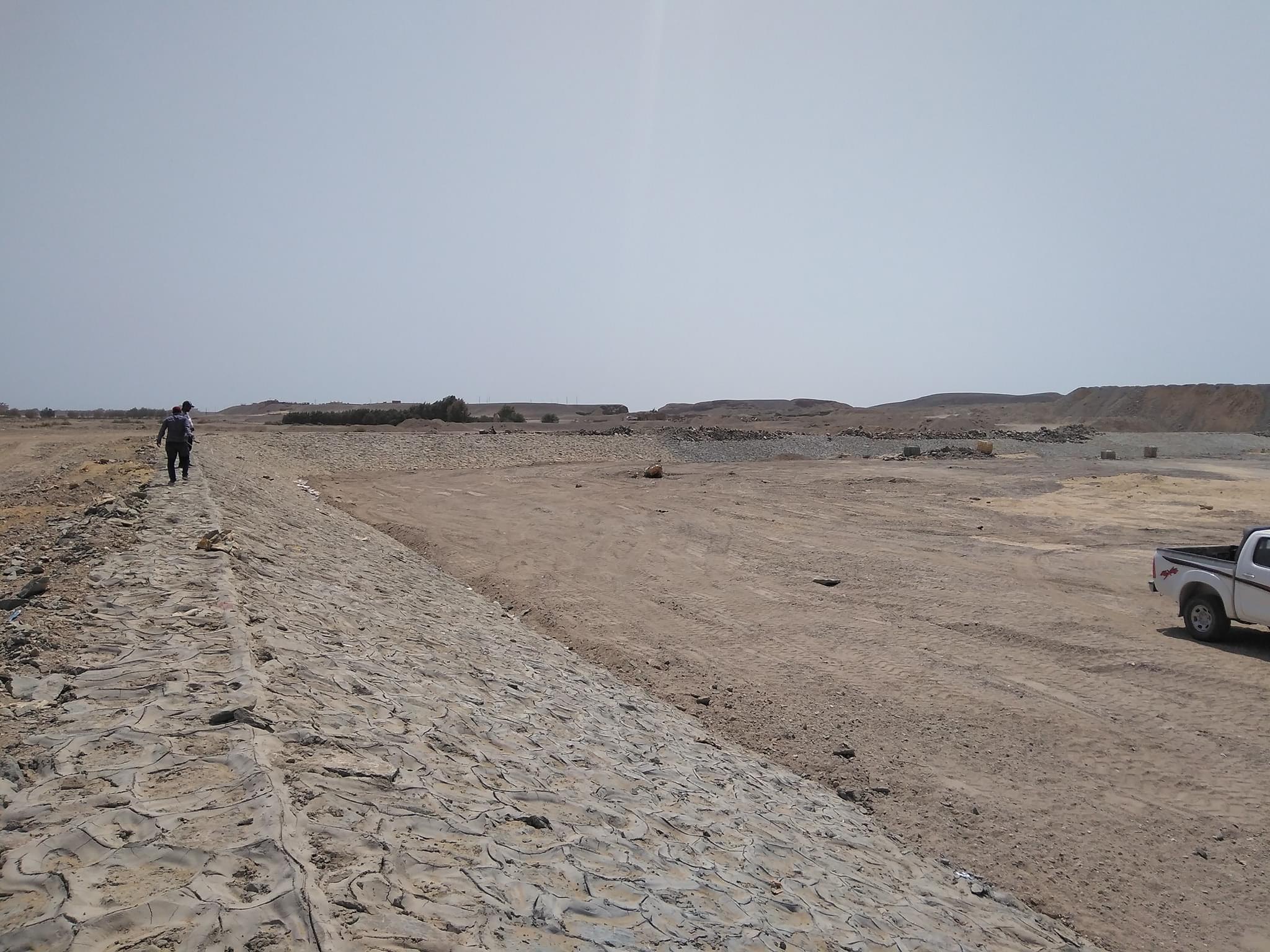 المرحلة الثانية لمشروعات مجابهة السيول بالبحر الأحمر  (2)