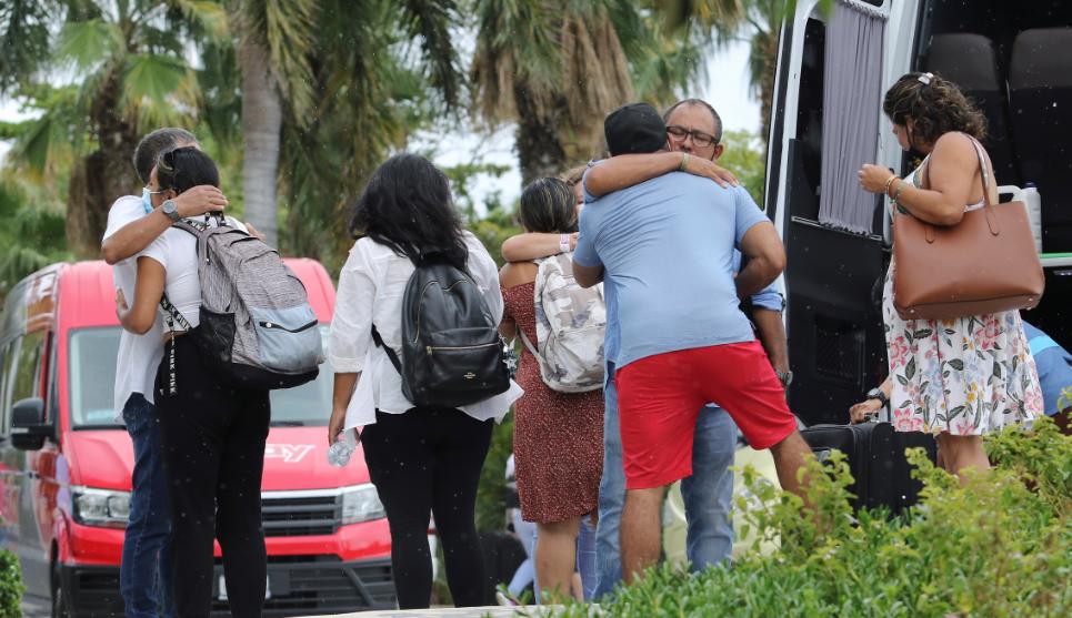نقل المواطنين للمخيمات