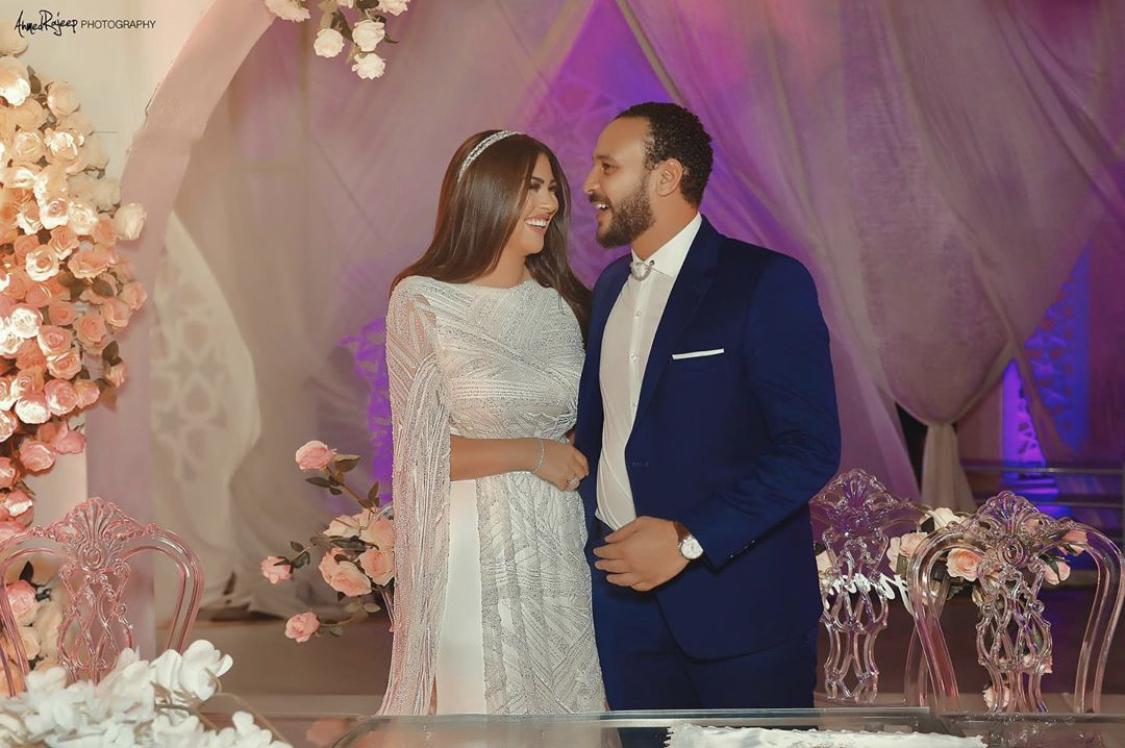 احمد خالد صالح وهنادى مهنى من عقد قرانهما