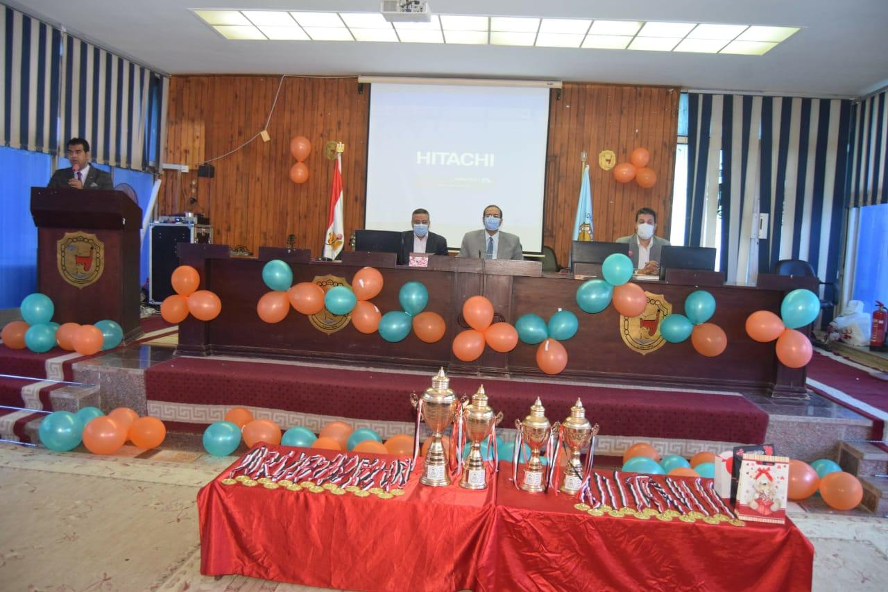 حفل ختام فعاليات أسبوع التوعية بمخاطر الإدمان بسوهاج (4)