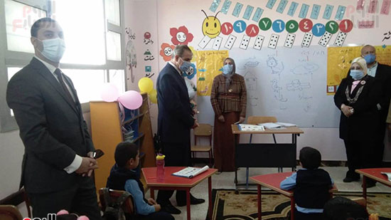 محافظ كفر الشيخ يفتتح 4 مدارس جديدة (5)