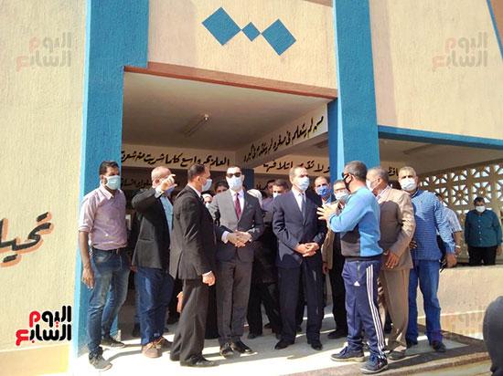 محافظ كفر الشيخ يفتتح 4 مدارس جديدة (2)