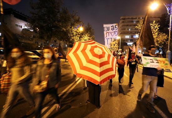 احتجاجات ضد فساد نتنياهو واجراءات مواجهة كورونا (1)