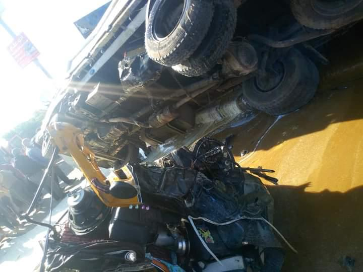 حادث لسيارات ببدر