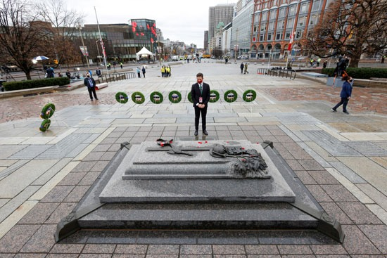 كندا تحيى ذكرى الحرب الوطنية (5)