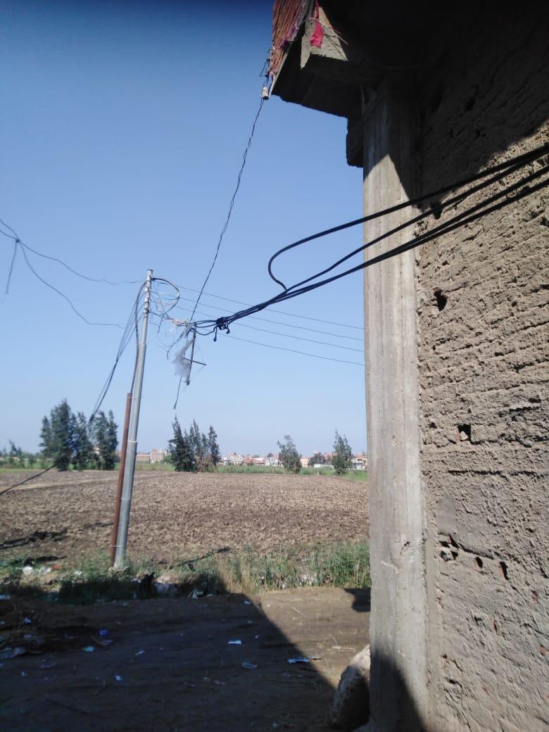 تهالك اسلاك الكهرباء (2)