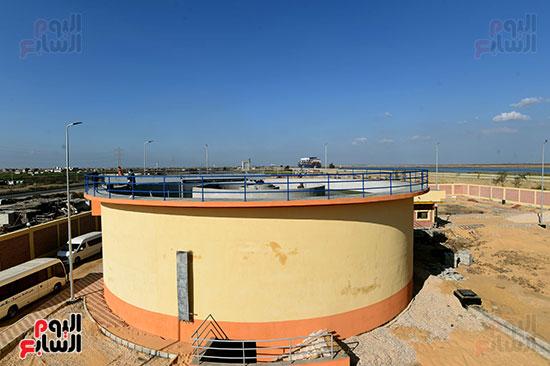 رئيس الوزراء يتفقد مشروع إنشاء محطة ترشيح المياه السطحية (4)
