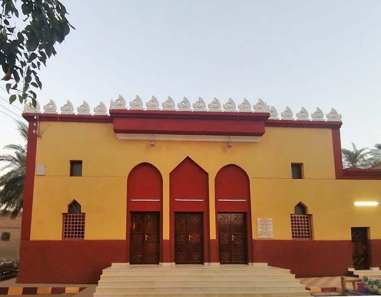 المسجد تقام فيه أول جمعة