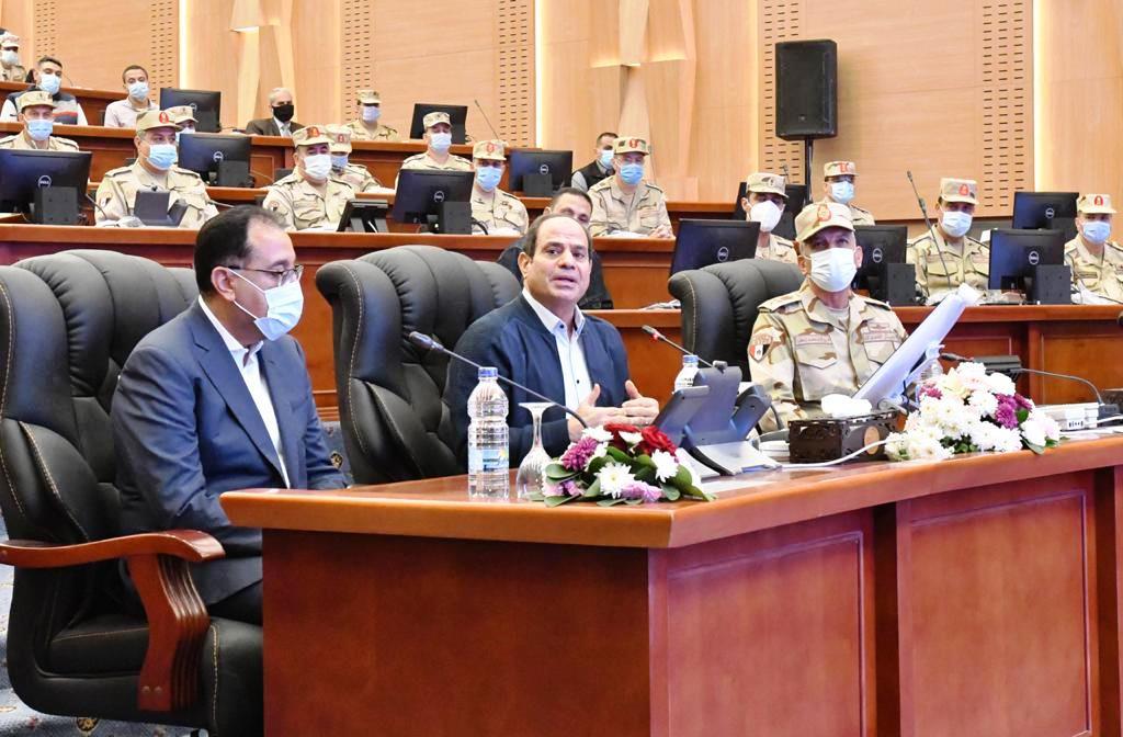 الرئيس السيسي يتابع أعمال منشآت مركز قيادة الدولة الاستراتيجي