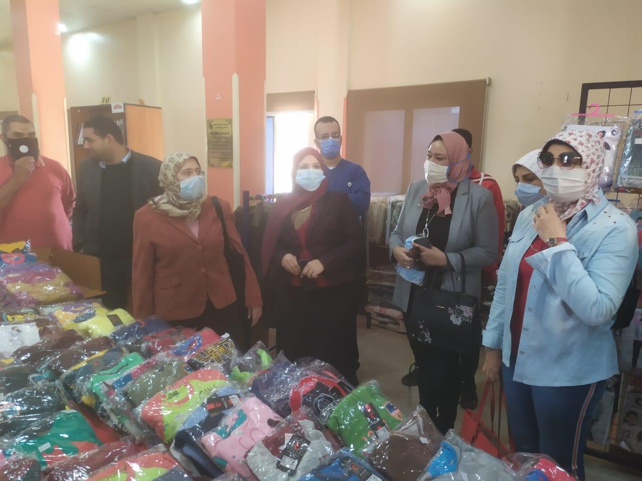 جامعة حلوان تطلق المرحلة الثانية من تطوير منطقة كفر العلو ودعم الأسر (1)
