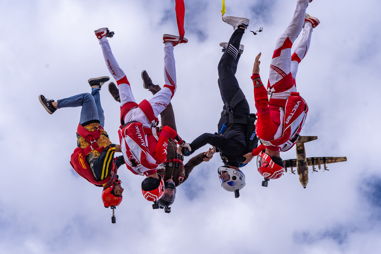 فريق القفز