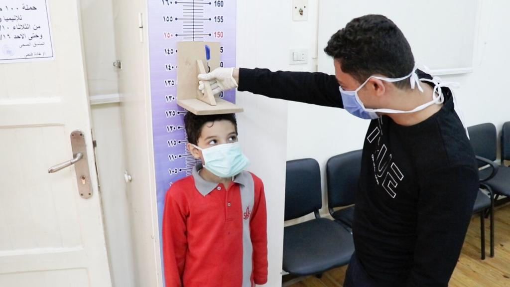 قياس طول الأطفال