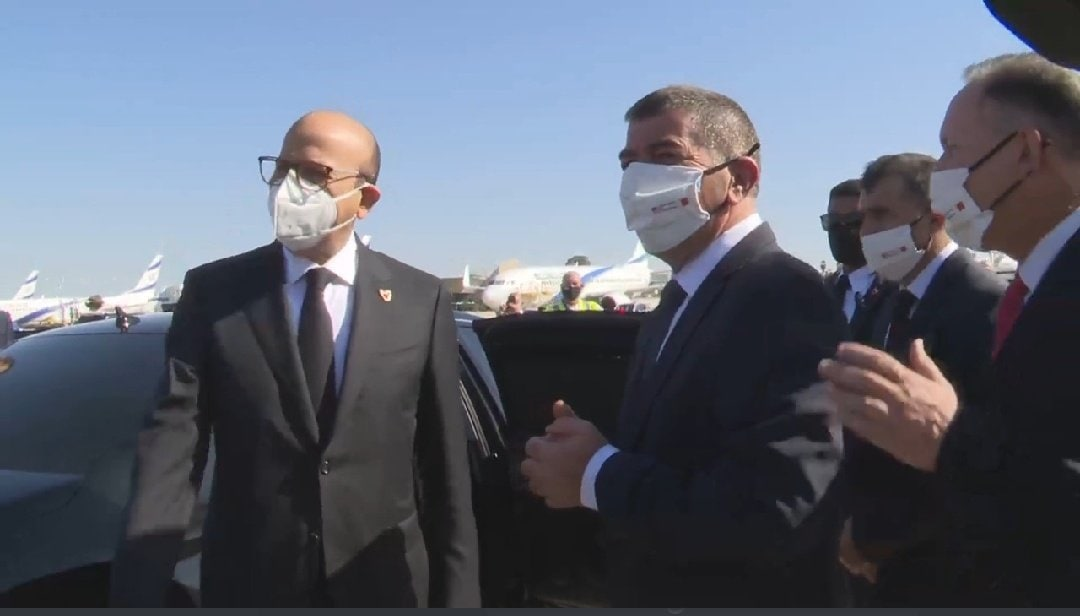 وفد رسمي إسرائيلي فى استقبال وزير خارجية البحرين
