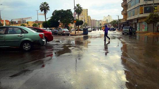 الأمطار تغرق شوارع المحافظات (13)