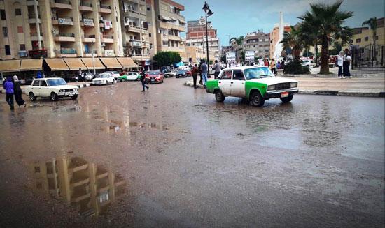 الأمطار تغرق شوارع المحافظات (12)