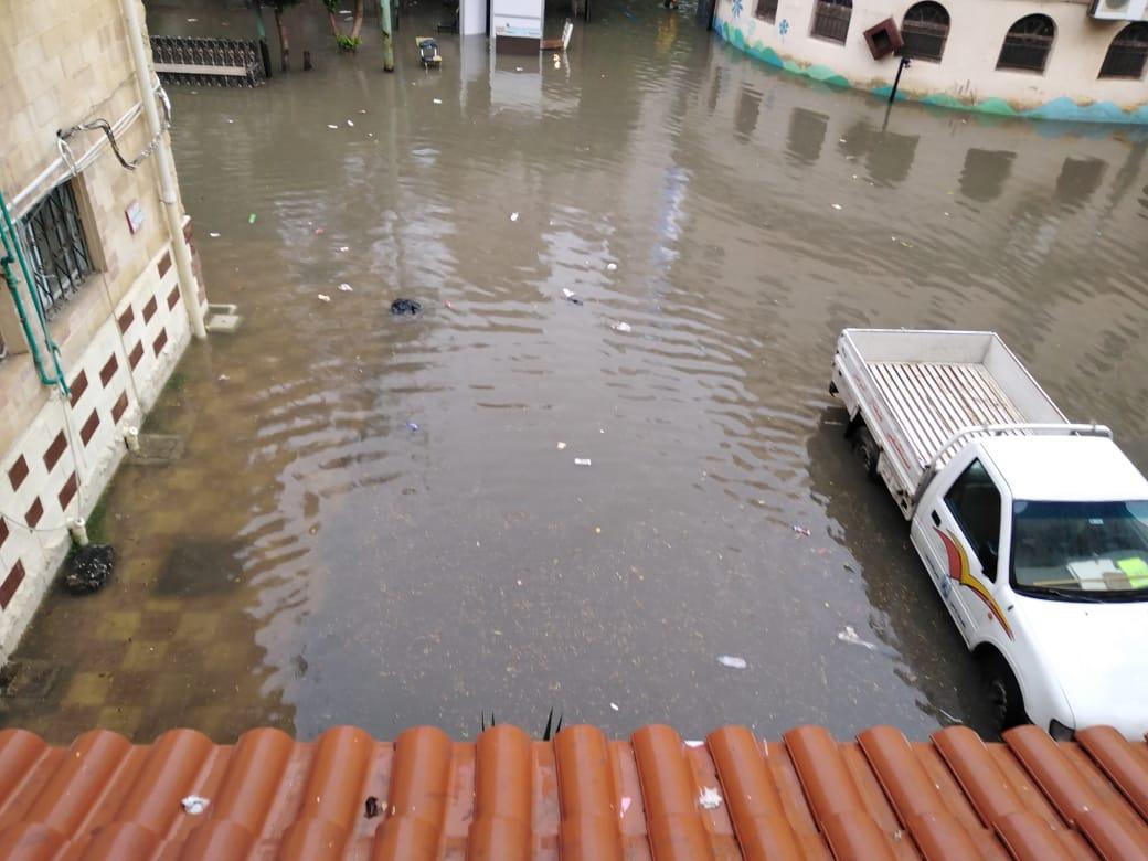 ارتفاع فى منسوب المياه وغرق بعض المناطق (3)