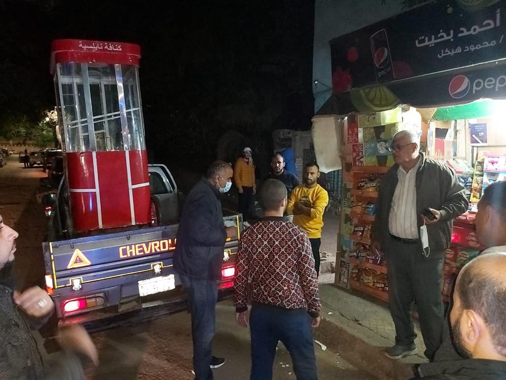 حى الدقى يرفع 143 إشغال طريق خلال حملة مسائية.. صور