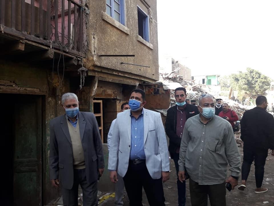 نائب محافظ القاهرة خلال أعمال نقل السكان (4)