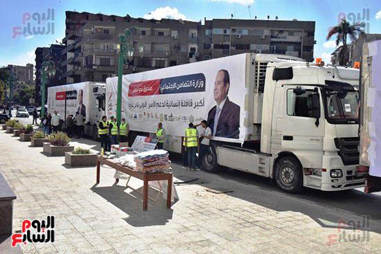 انطلاق القافلة الأكبر لتقديم المساعدات بمحافظات مصر (12)