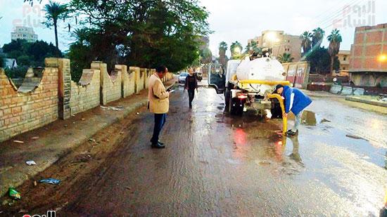 شفط مياه الأمطار من الشوارع (2)