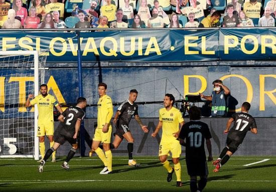 احتفال-ماريانو-دياز-بعد-الهدف-الأول