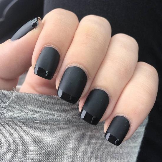 اللون الأسود