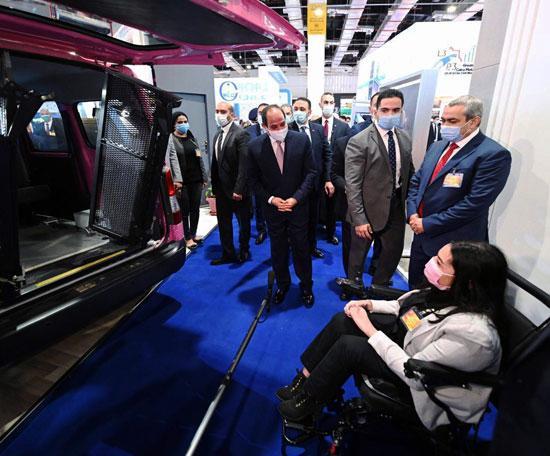 الرئيس السيسى يفتتح معرض ومؤتمر النقل الذكي للشرق الأوسط وأفريقيا (7)