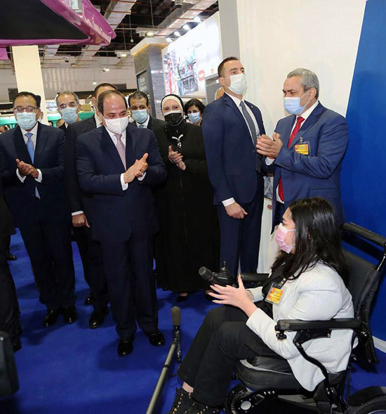 الرئيس السيسى يفتتح معرض ومؤتمر النقل الذكي للشرق الأوسط وأفريقيا (2)