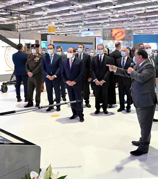 الرئيس السيسى يفتتح معرض ومؤتمر النقل الذكي للشرق الأوسط وأفريقيا (4)
