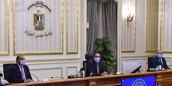 رئيس الوزراء يتابع جهود التعامل مع الأمطار الغزيرة بالاسكندرية (4)