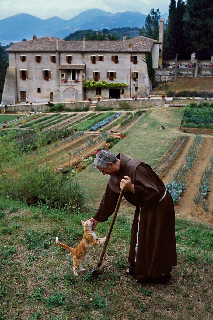 راهب في ايطاليا