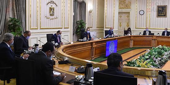 رئيس الوزراء يتابع جهود التعامل مع الأمطار الغزيرة بالاسكندرية (3)