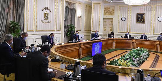 رئيس الوزراء يتابع جهود التعامل مع الأمطار الغزيرة بالاسكندرية (2)