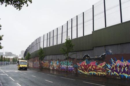 جدران السلام فى إيرلندا الشمالية