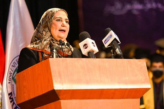 حفل تخرج الدفعة الثالثة من كلية التربية بجامعة مصر للعلوم والتكنولوجيا (9)