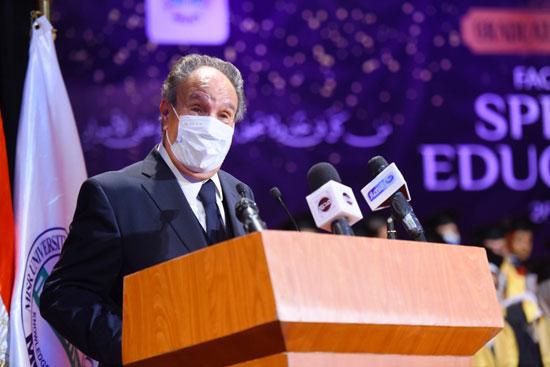 حفل تخرج الدفعة الثالثة من كلية التربية بجامعة مصر للعلوم والتكنولوجيا (26)