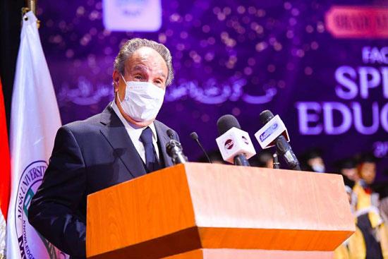 حفل تخرج الدفعة الثالثة من كلية التربية بجامعة مصر للعلوم والتكنولوجيا (25)