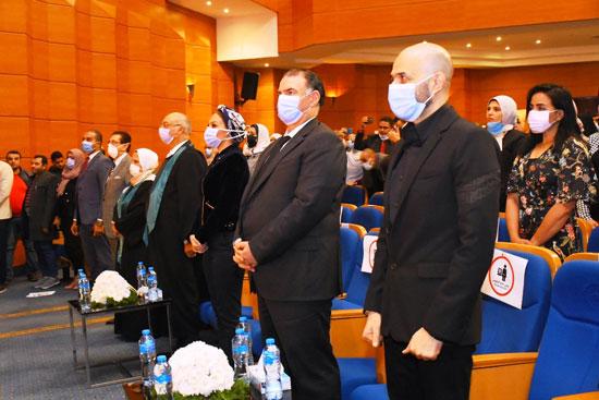 حفل تخرج الدفعة الثالثة من كلية التربية بجامعة مصر للعلوم والتكنولوجيا (4)