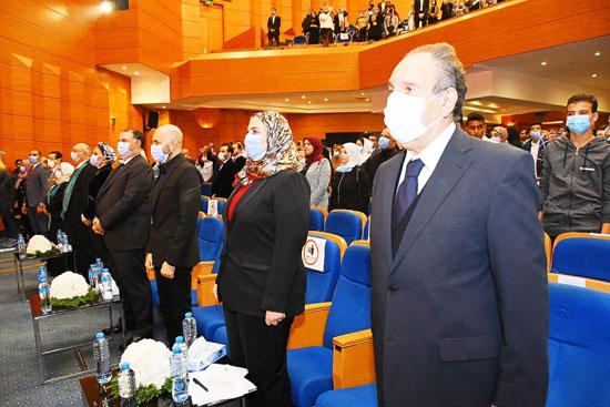 حفل تخرج الدفعة الثالثة من كلية التربية بجامعة مصر للعلوم والتكنولوجيا (14)