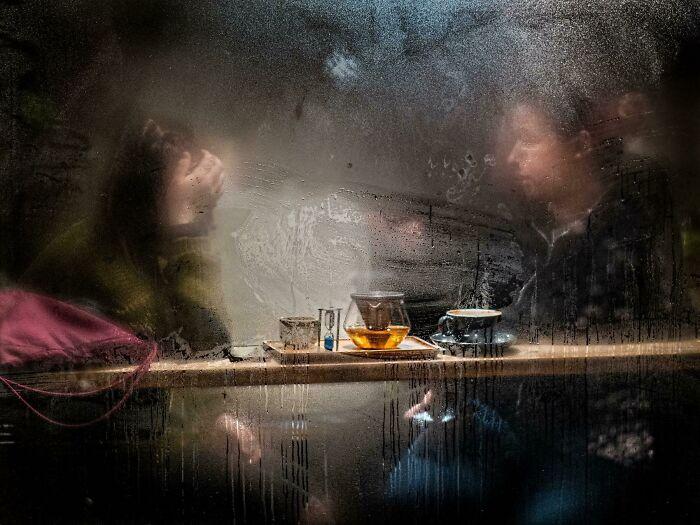 نافذة المقهى