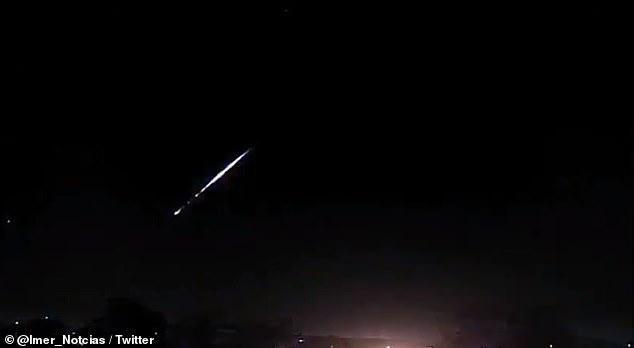 لحظة انفجار نيزك في سماء البرازيل. (2)