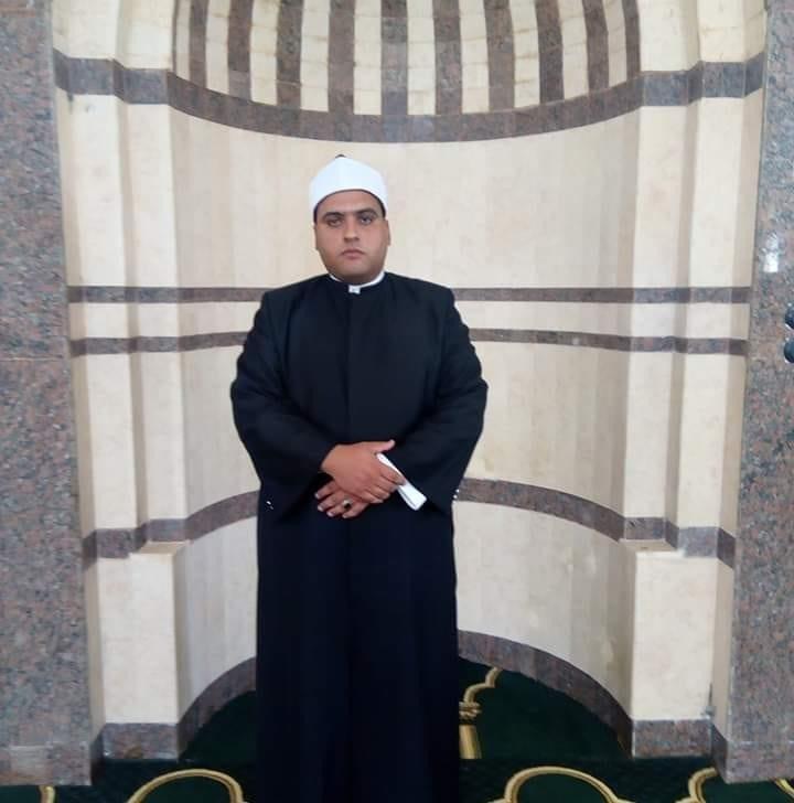 امام مسجد الروضة فى شمال سيناء