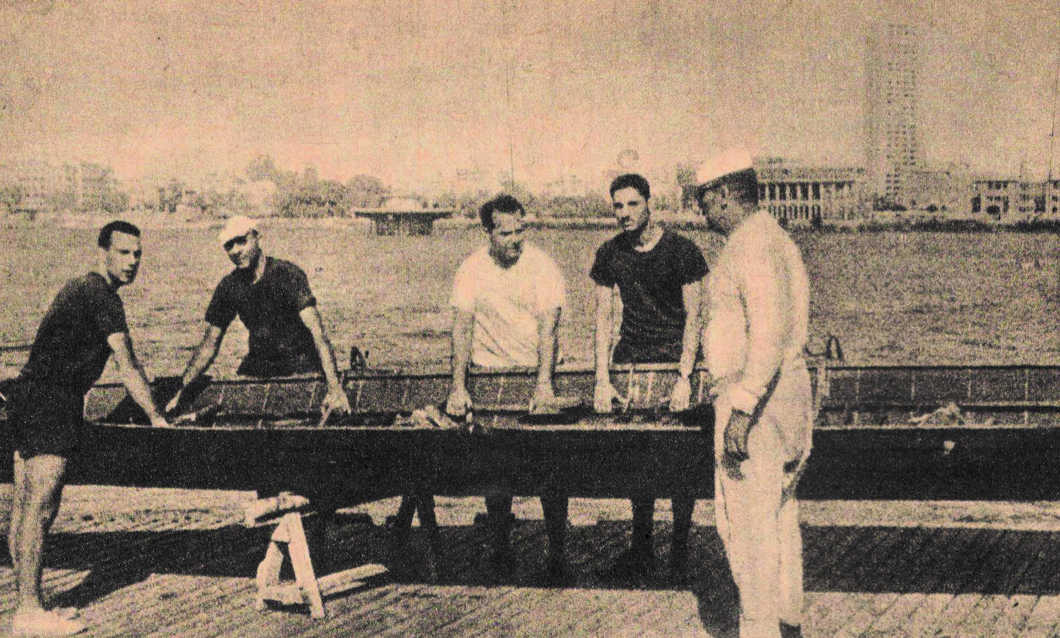 فريق التجديف بنادي البنك الأهلي المصري في -1965