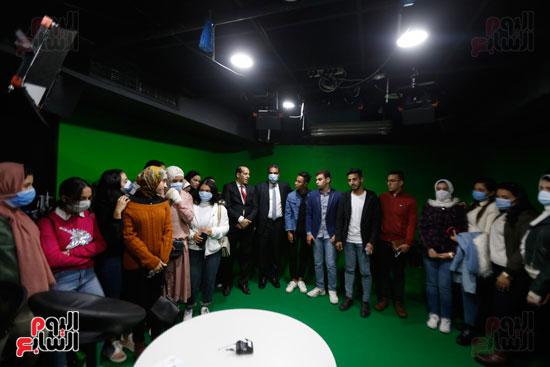 وفد كلية الإعلام جامعة النهضة