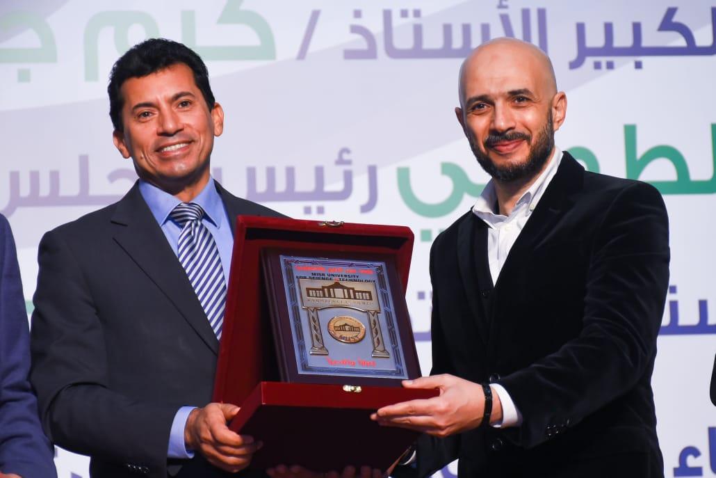 خالد الطوخي ووزير الرياضة
