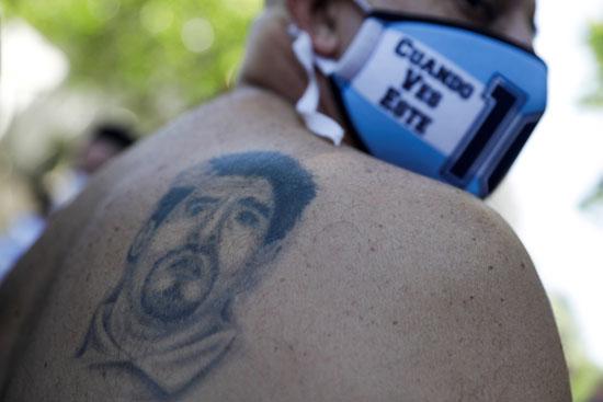 جنازة مارادونا (23)