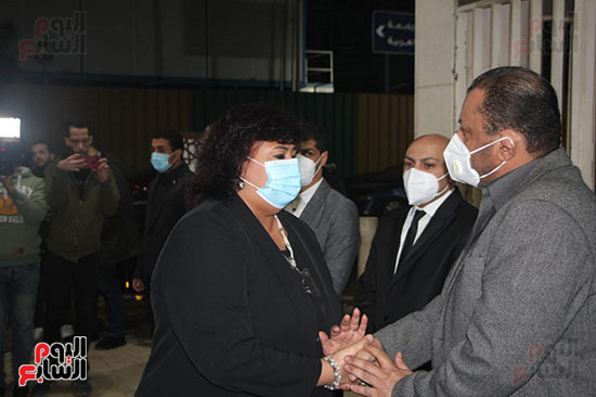 الدكتورة إيناس عبد الدايم (4)