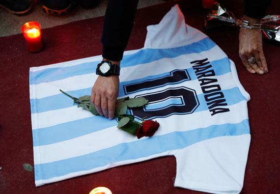 جنازة مارادونا (6)