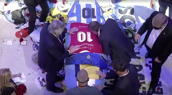 جنازة مارادونا (16)