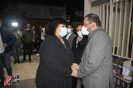 الدكتورة إيناس عبد الدايم (5)